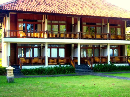Senggigi Beach Hotel Lombok